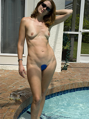 naught mature tiny chest porn pictures