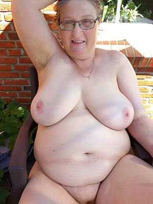 amateur sexy old battalion pussy photos