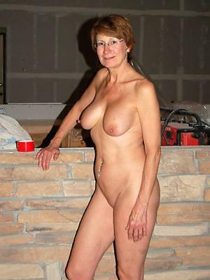 amateur naked mature sluts stripped