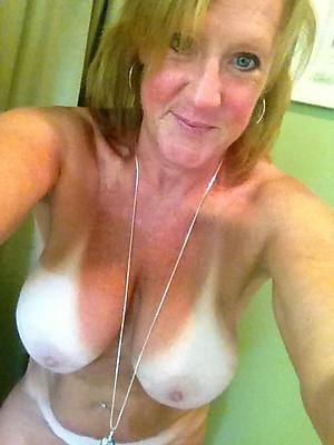 hot matured selfie floozy pictures