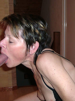 real grown up mom blowjob nude pics