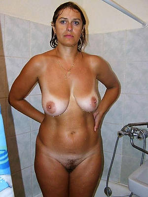 horny mature nude shower xxx porno