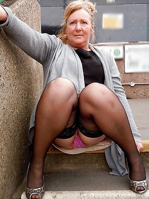 naked magnificent older women upskirt stripped