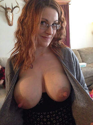 amateur naked mature puffy nipples stripped