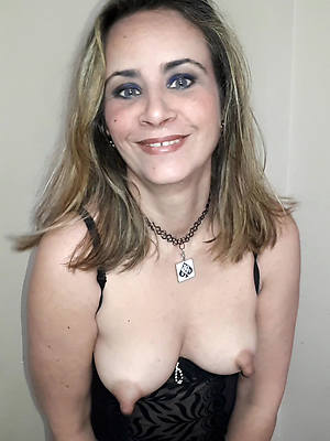 mature distended nipples slut pictures