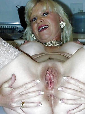 pygmy grown-up open cunt porn pics