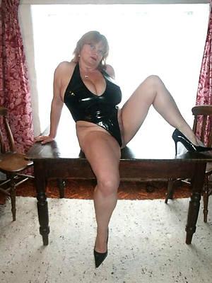 horny mature ladies in latex posing nude
