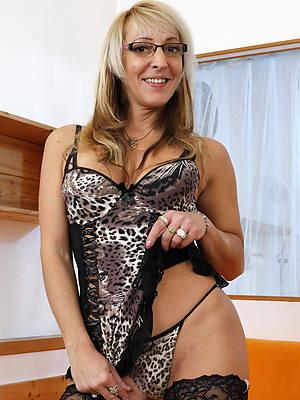 beautiful maturity model nude pictures