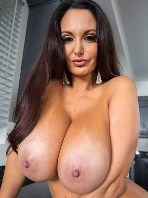 pornstar amateur maturity model porn pics