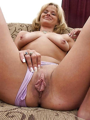 pornstar crude full-grown shaved pussys pics
