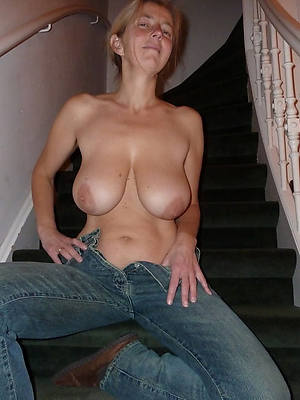 free porn pics of mature women in jeans
