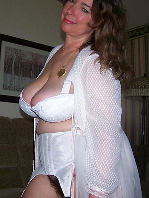 wonderful amateur mature lingerie