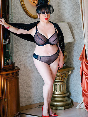 fantastic mature underwear photos