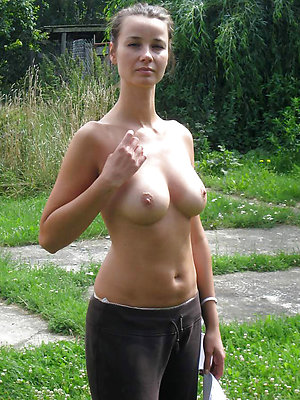 free pics of mature milf dealings gallery