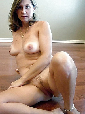 pulchritudinous free mature mother porn xxx