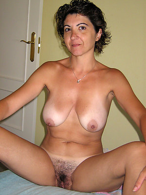 hatless matured mother cherish porn
