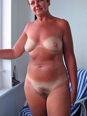 mature unartificial breasts mom porn