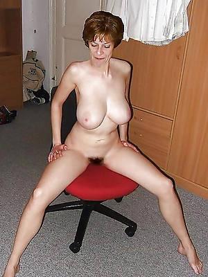 stunner british mature sluts photo