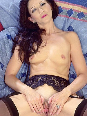 mature vacant small tits porn pic download