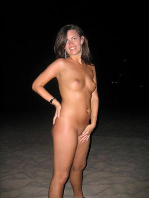 sexy mature whilom before girlfriend posing basic