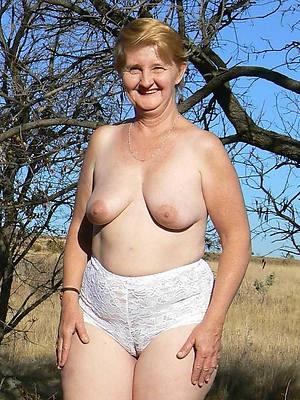 free porn pics of mature cameltoe