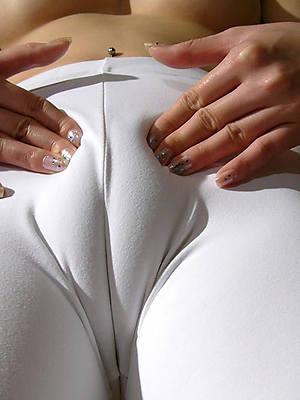 free porn pics of sexy mature cameltoe