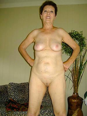 old women mature posing starkers