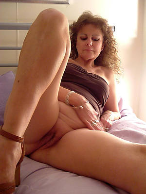 of age gradual moms easy porno pic