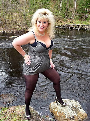mature nylon sluts erotic pics