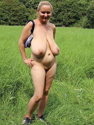 beautiful mature saggy tits naked porn pics