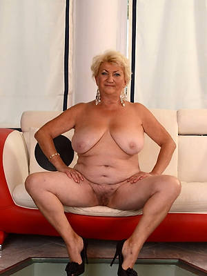 hotties old mature pussy pictures
