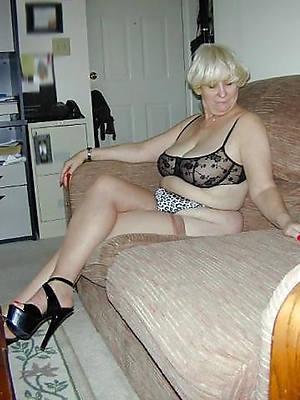 hot naked mature grandma photos