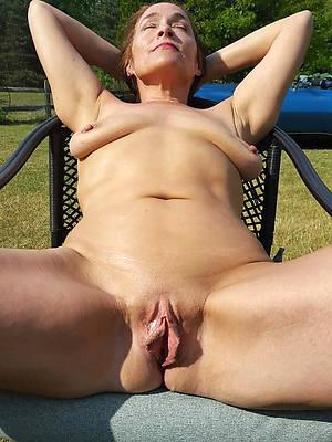headman mature vulva pics