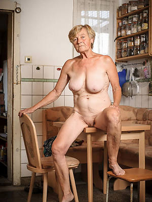 60 mature women unconcealed pictures