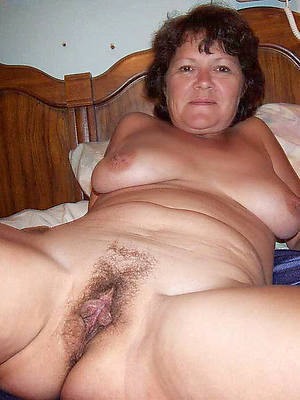 hotties hairy mature solo