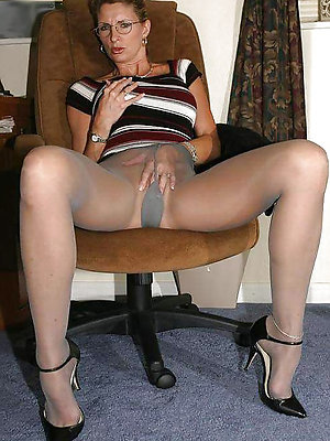 fantastic matures in pantyhose