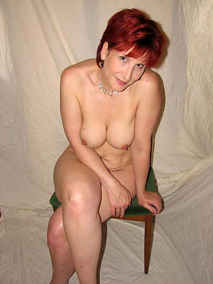 grown up redhead women shows pussy