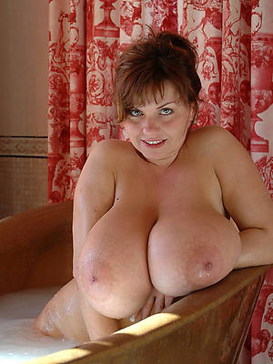 naked mature heavy bowels pictures
