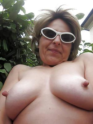 mature puffy nipple Bohemian porn mobile