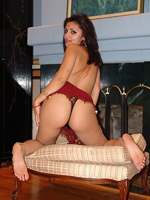 dispirited naked indian grown-up ladies pics