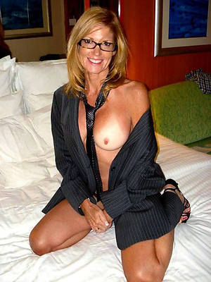 mature moms xxx free hot slut porn