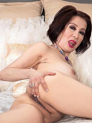 nude mature asian women porn glaze download