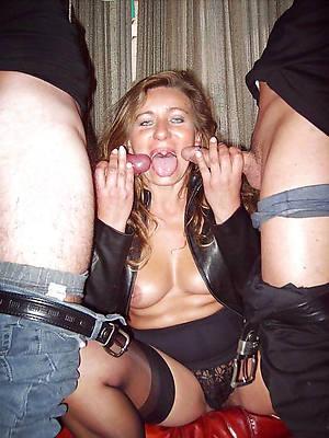 ladies threesome porn pics