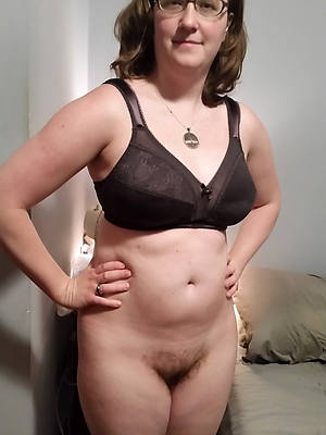 curvy amateur naked squirearchy pics