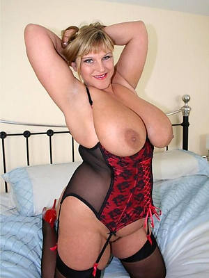 naked big tit mature porn