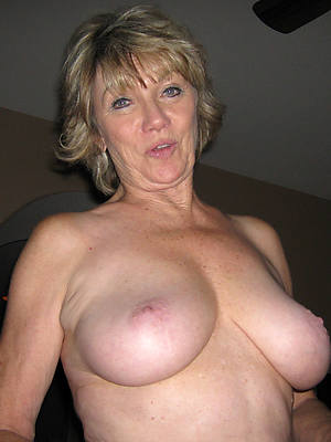 sexy xxx mature denuded pics