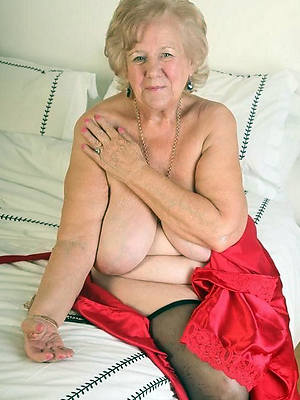 free hot naked grandmas pics