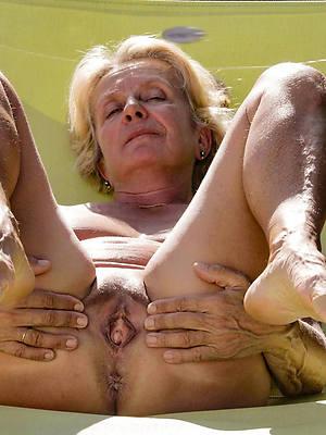 free amature hot unfurnished grandmas pics