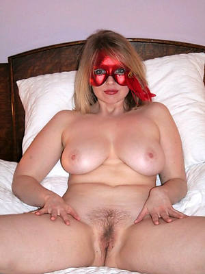 adult sexy moms pictures