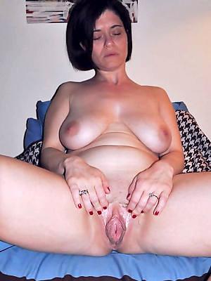 lovable matured vulva unembellished pics